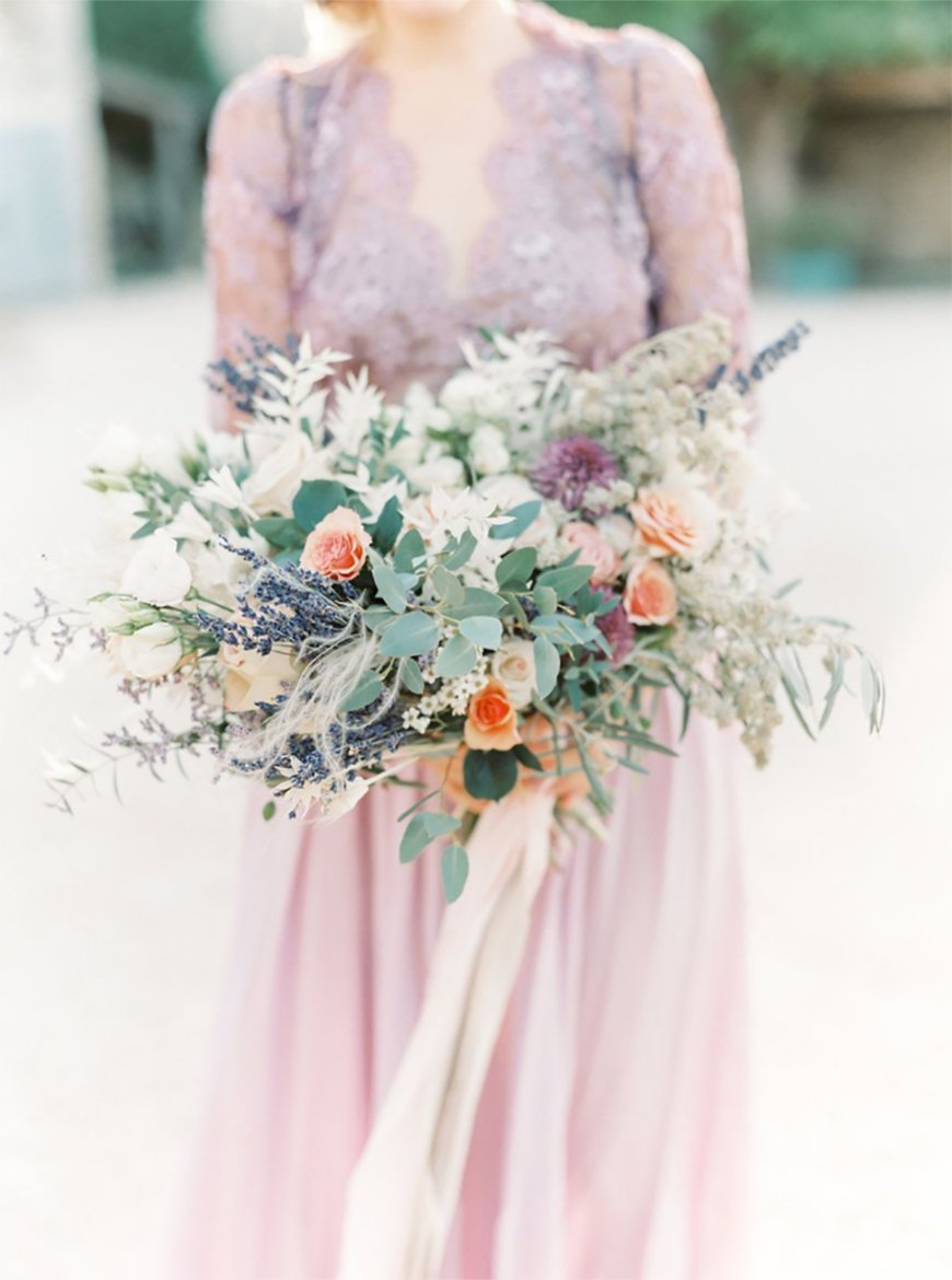 Wedding Ideas By Pantone Colour: Pink Lavender - Your look | CHWV