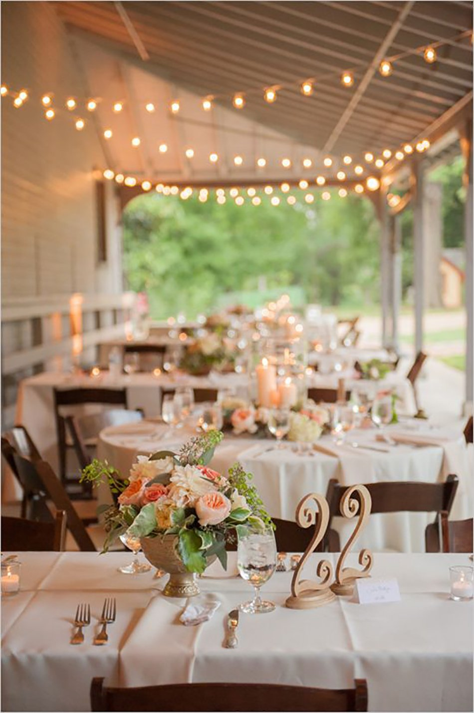 Wedding ideas by colour: pastel peach table décor