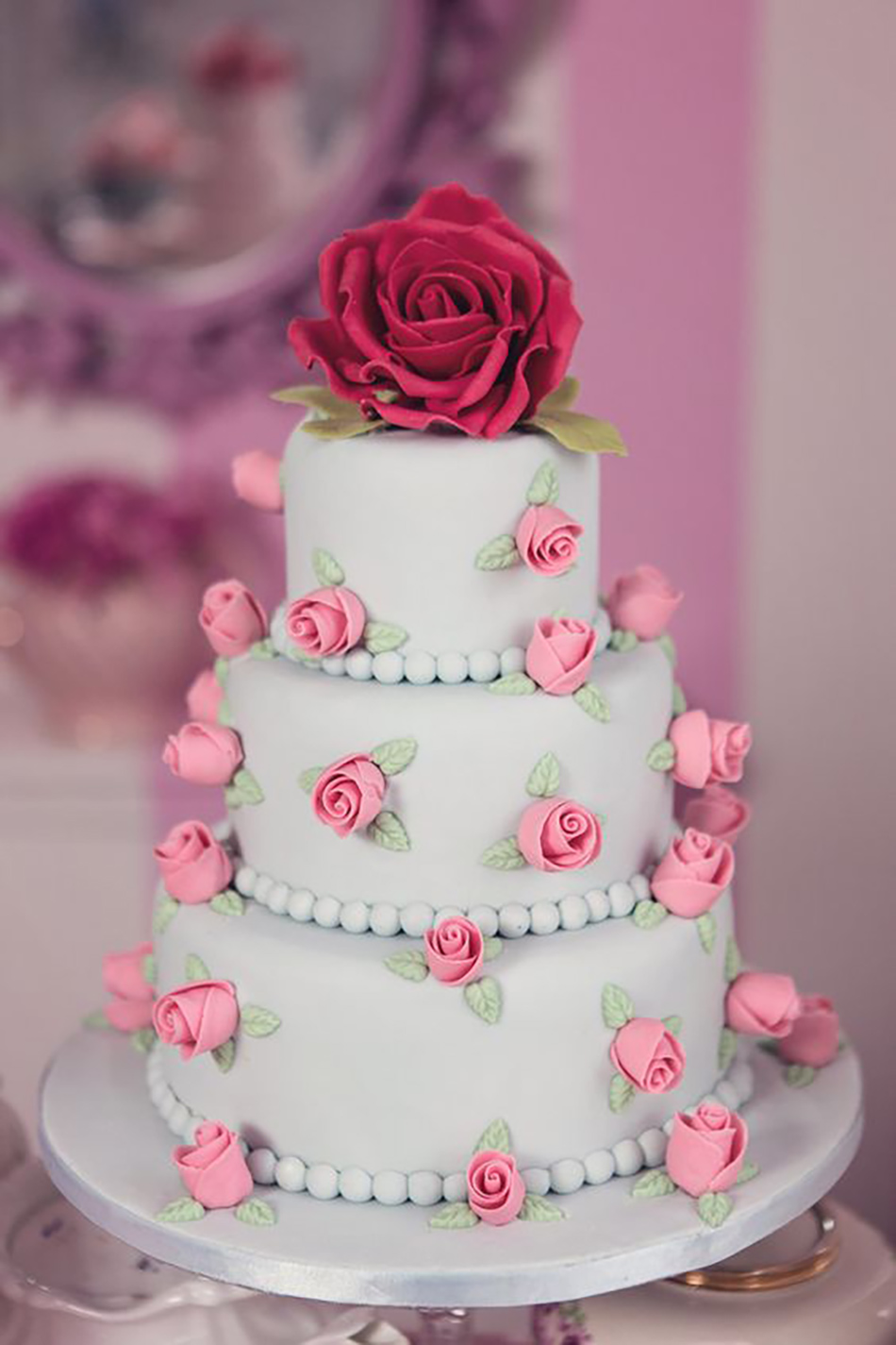 Wedding ideas by colour: pink wedding cakes