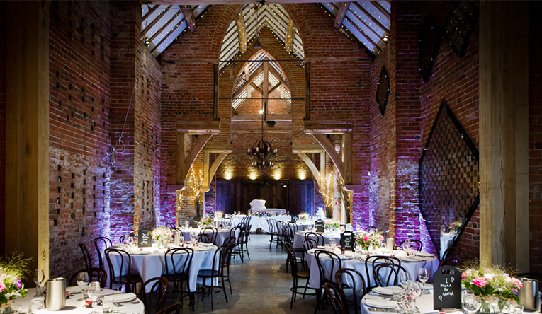 Rustic Wedding Venue In Warwickshire Shustoke Barn Chwv