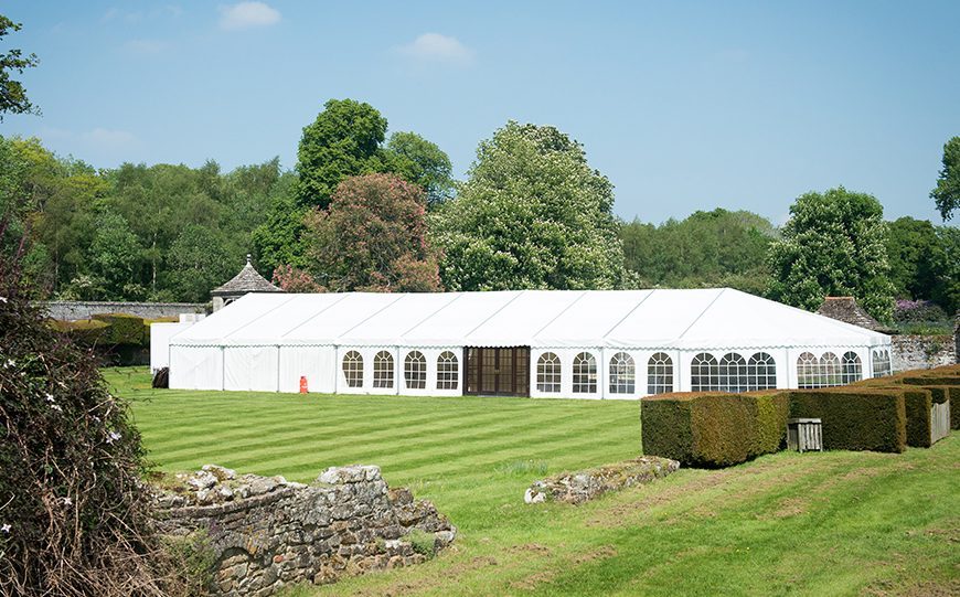 6 Marquee Wedding Venues That Really Stand Out - Slaugham Place | CHWV