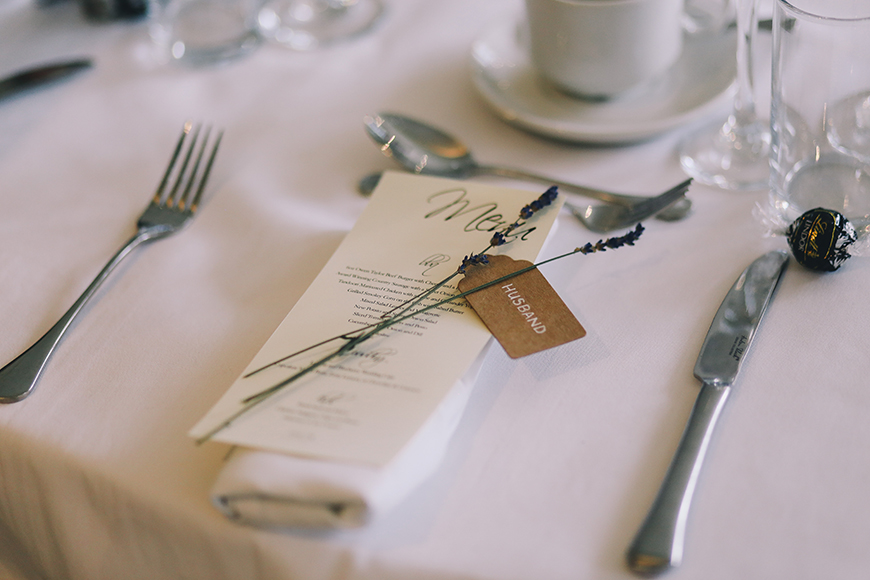 How To Spend Time Together On Your Wedding Day - Treats for two | CHWV