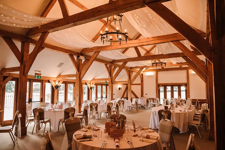 7 Stunning Staffordshire Wedding Venues - Sandhole Oak Barn | CHWV