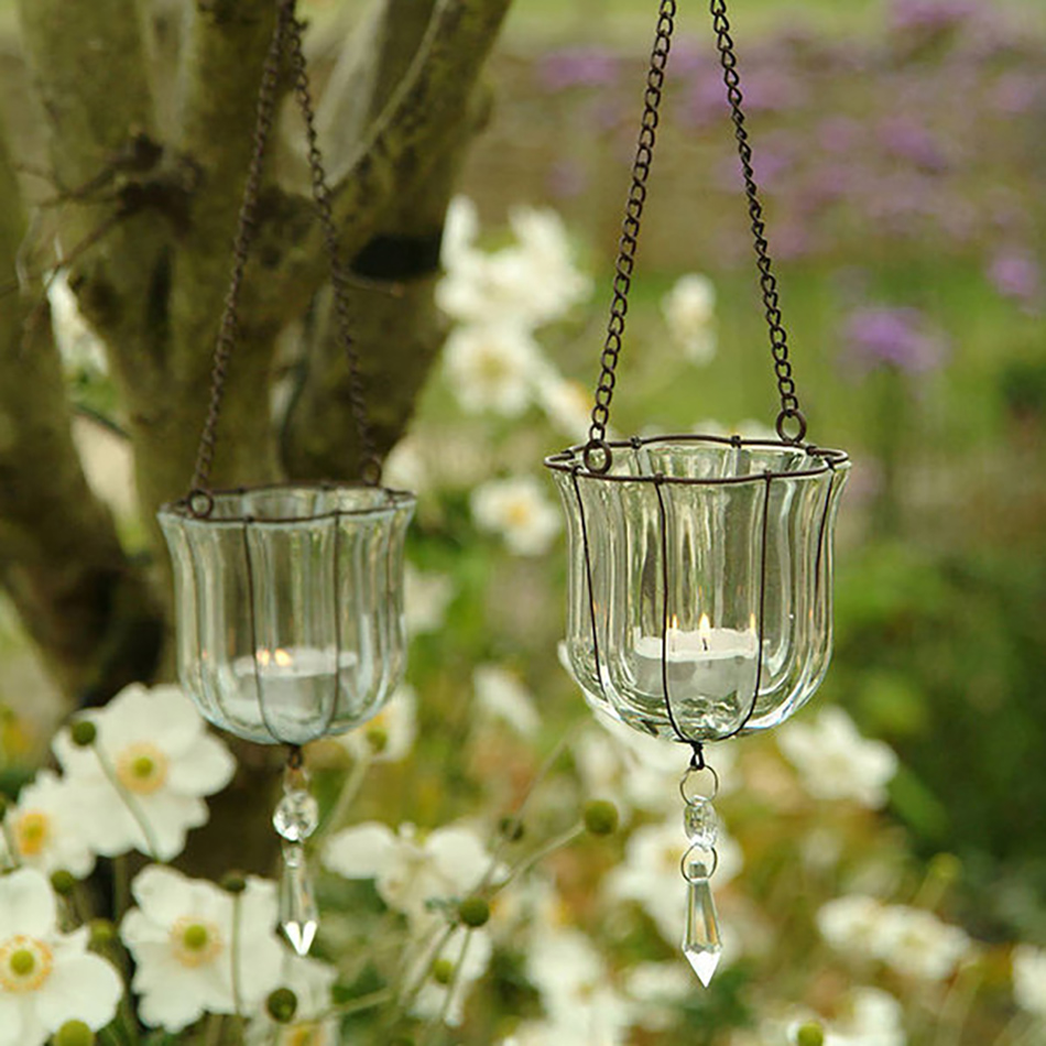 Style an Outdoor wedding - Hanging glass votives | CHWV