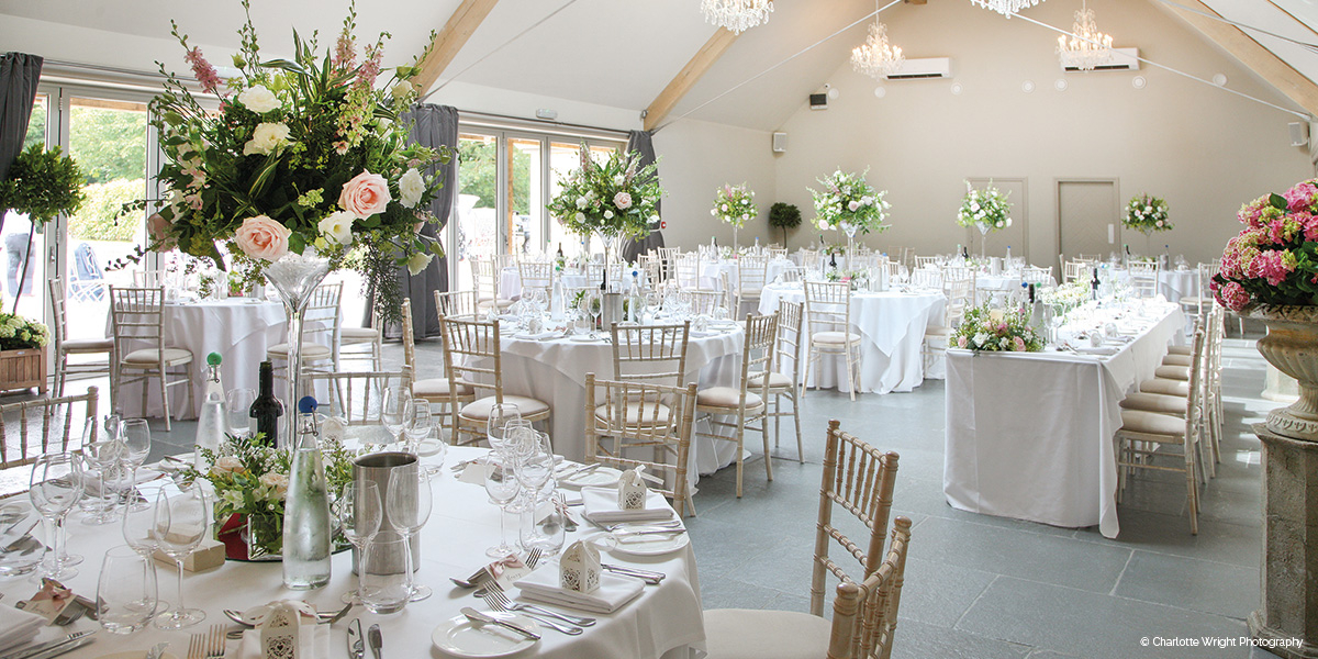 Blackwell Grange barn wedding venue in Warwickshire - Open house event | CHWV