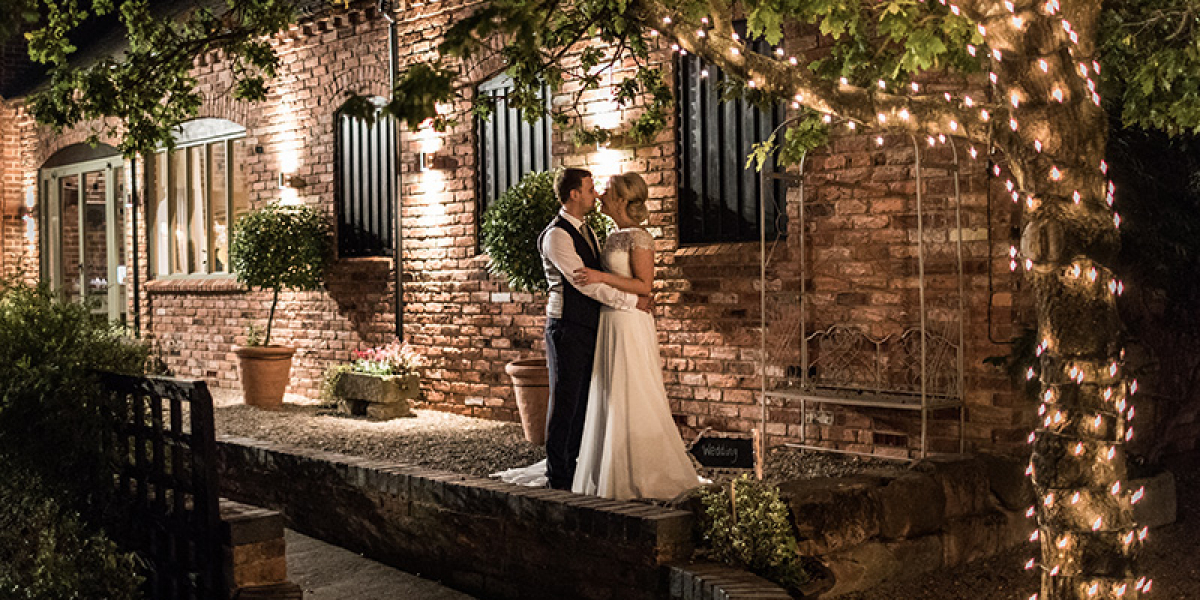 Evening Photo Opportunities at Curradine Barns | Wedding Venues Worcestershire