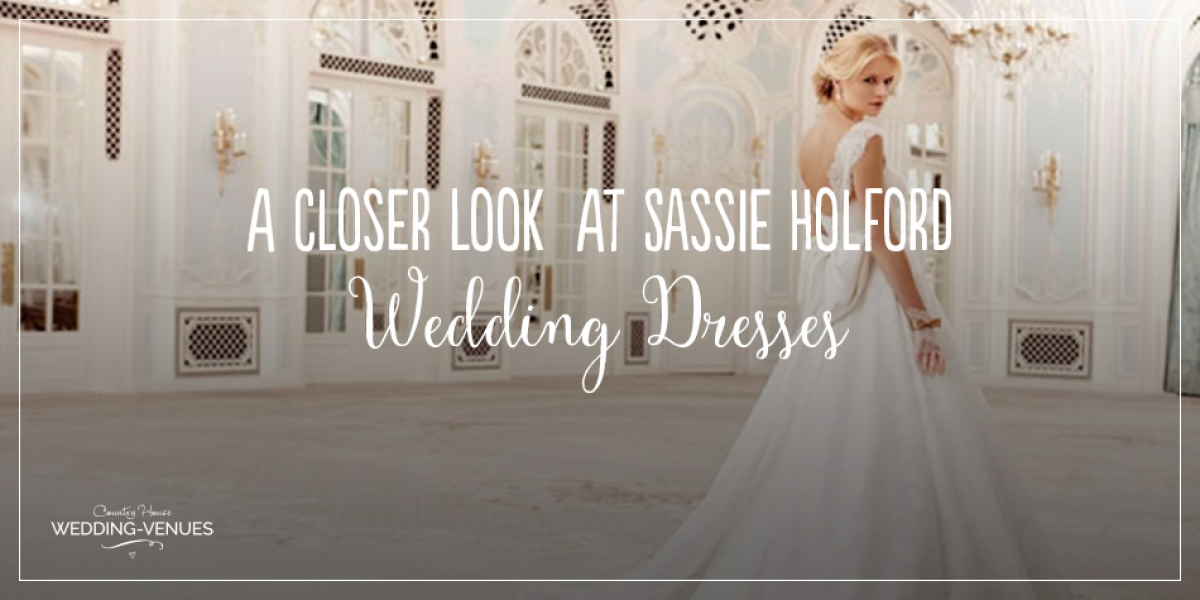 A Closer Look At Sassi Holford Wedding Dresses | CHWV
