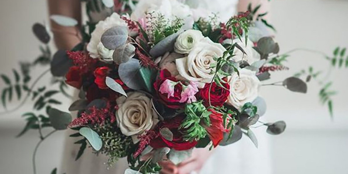 Looking For The Perfect Wedding Bouquet For Your Valentine S Wedding
