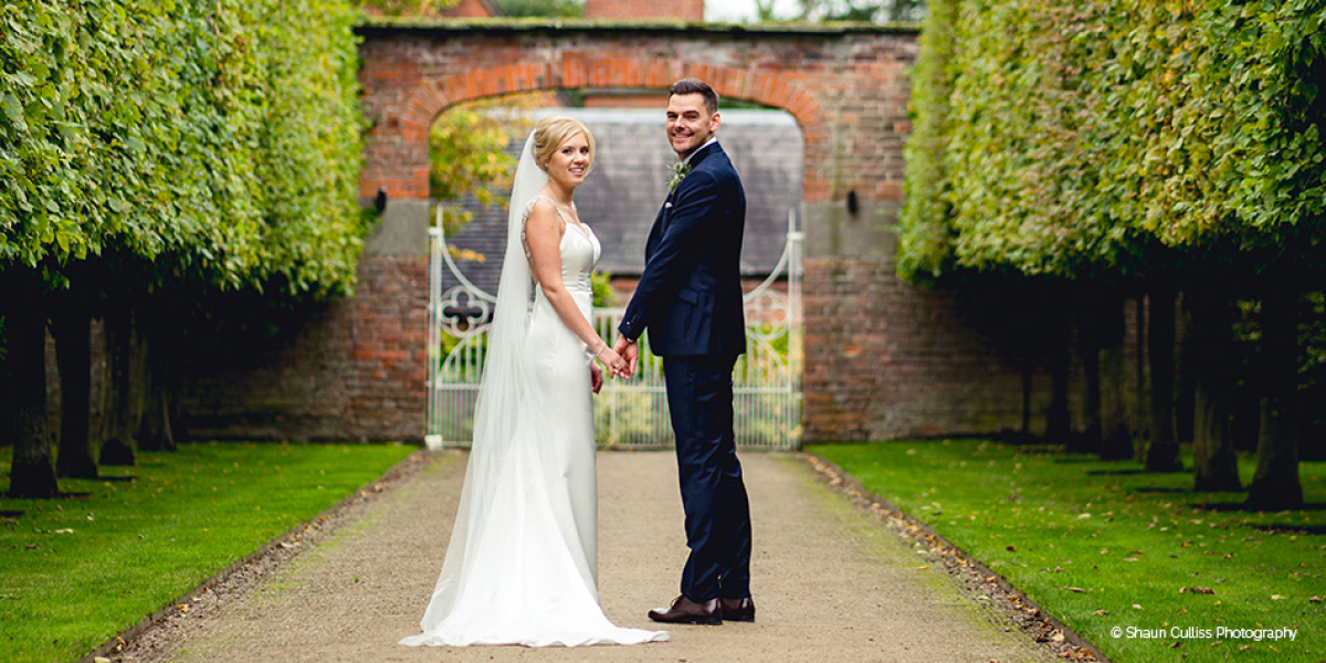 Real Wedding - Kate and Scott's Stylish Autumn Wedding at Combermere Abbey | CHWV