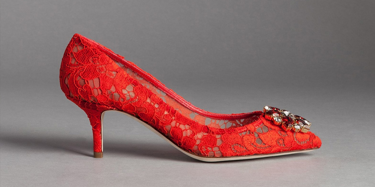 Wedding ideas by colour: Red wedding shoes | CHWV