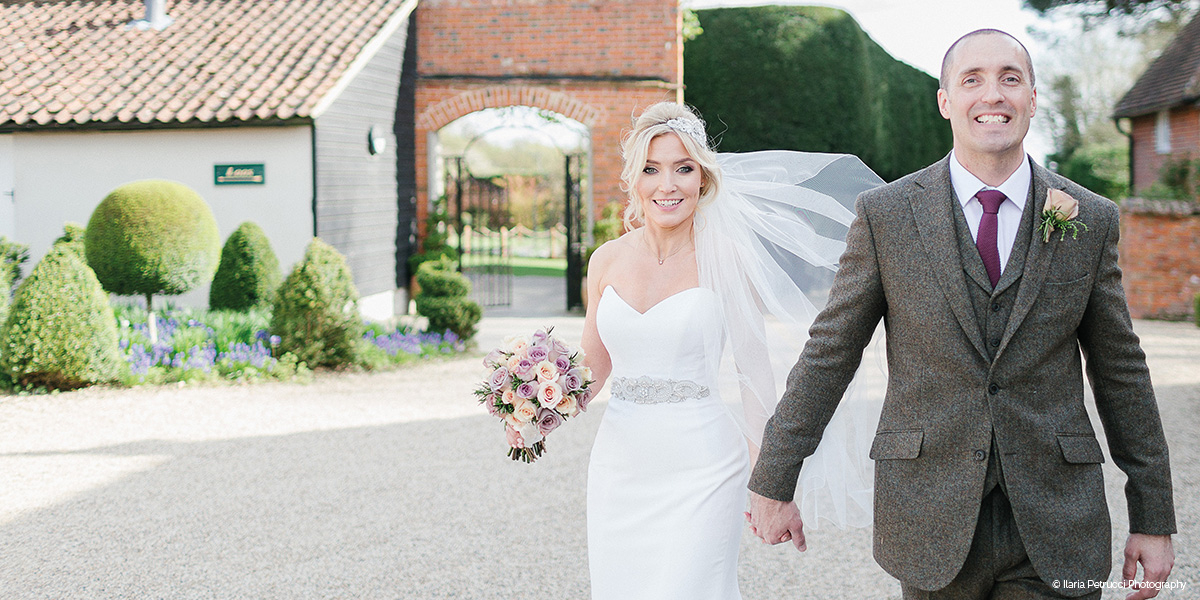 Gaynes Park wedding venue in Essex - Last minute summer wedding date | CHWV