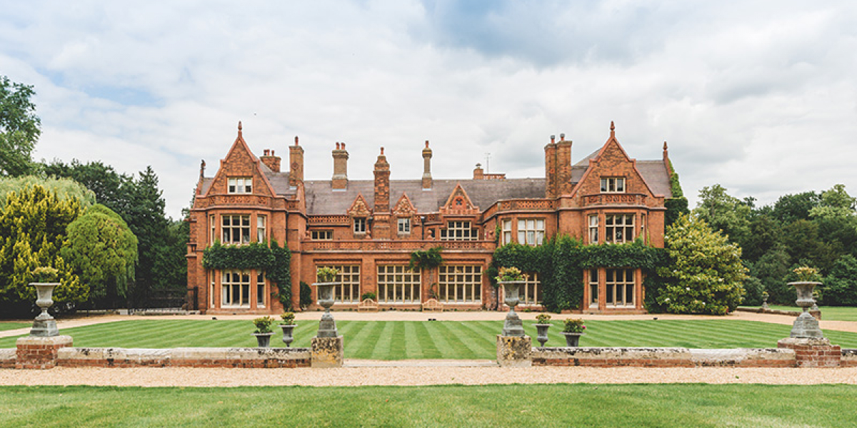 The Hall and Gardens at Holmewood Hall | Wedding Venues Cambridgeshire