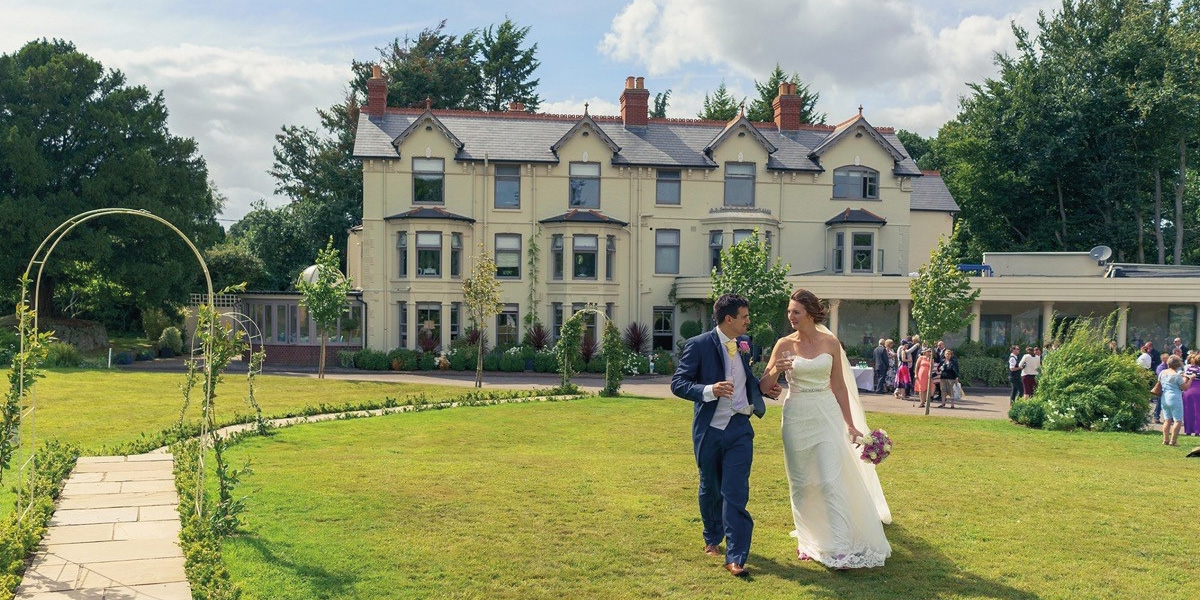 Southdowns Manor wedding venue in West Sussex - July special offer | CHWV