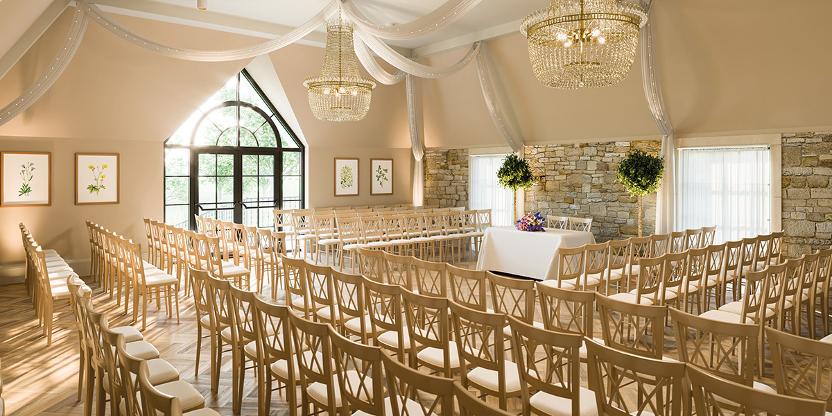 The Pear Tree wedding venue in Wiltshire - 2020 special offers | CHWV