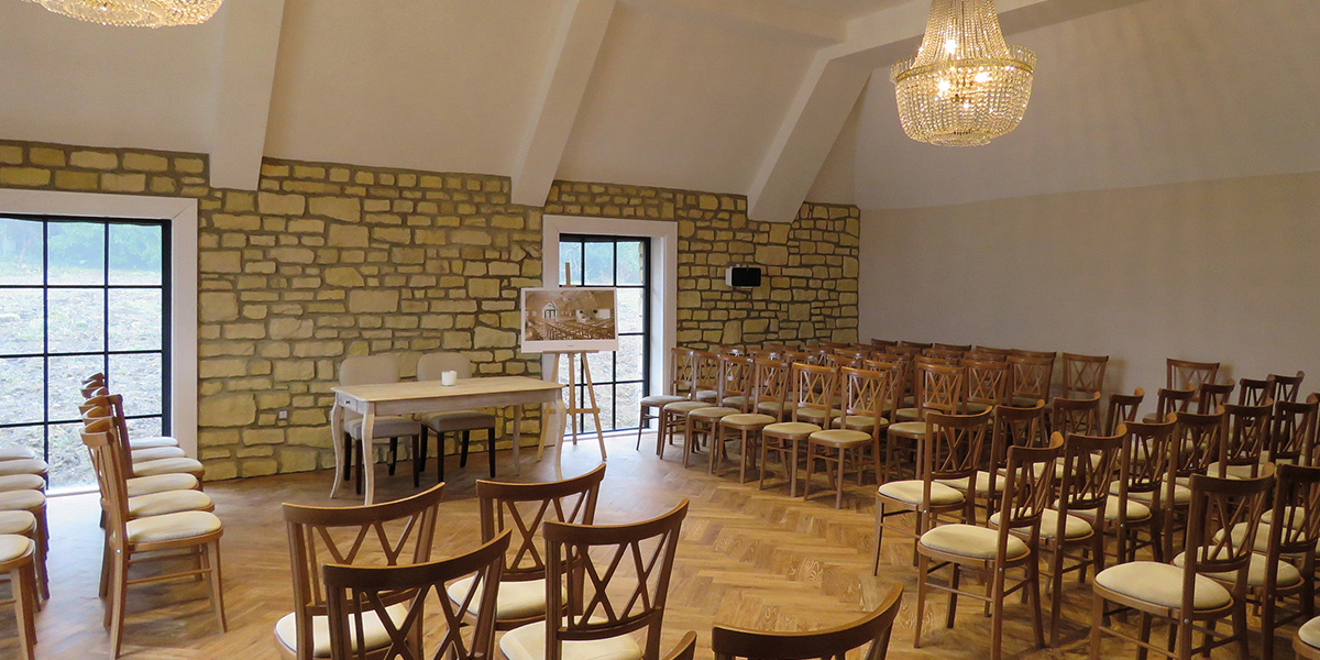 The Pear Tree wedding venue in Wiltshire - Wedding open event | CHWV