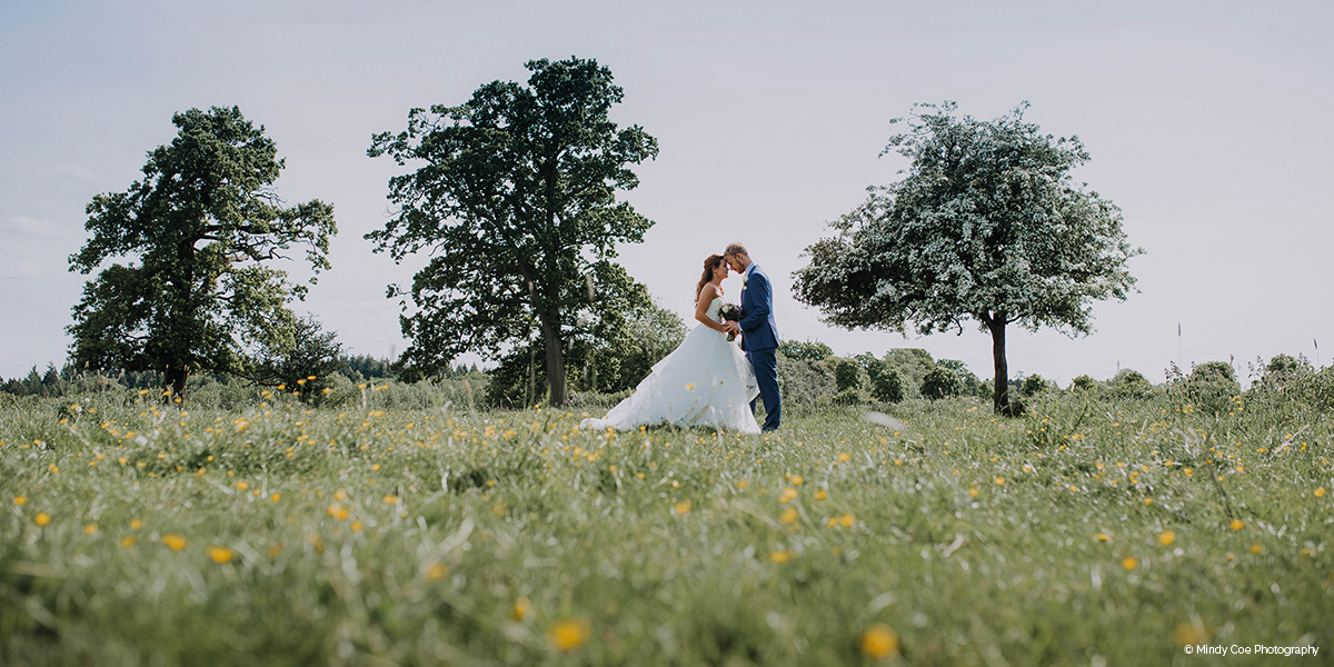 Wasing Park barn wedding venue in Berkshire - 2020 Special offer | CHWV