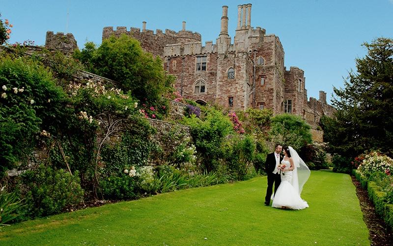 Medieval Castle Wedding Venue In Gloucestershire Berkeley Castle