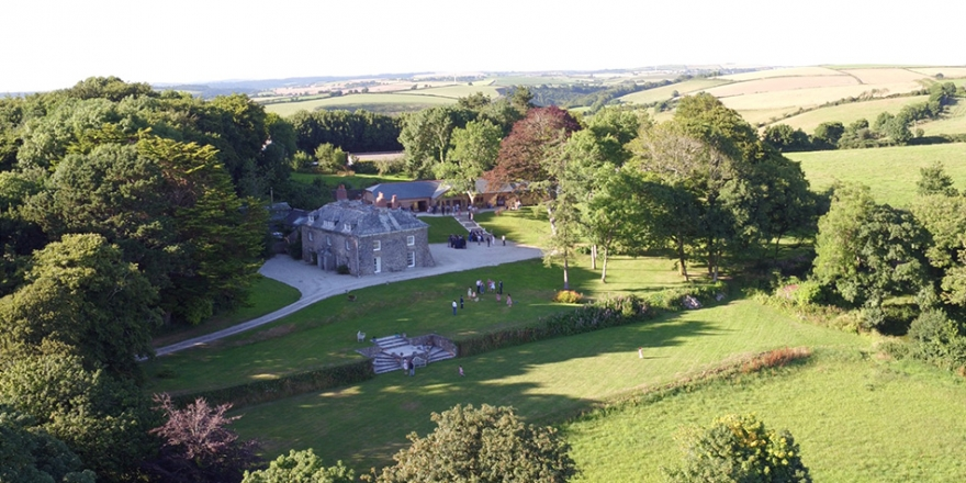 All About Tredudwell Manor in Cornwall | CHWV
