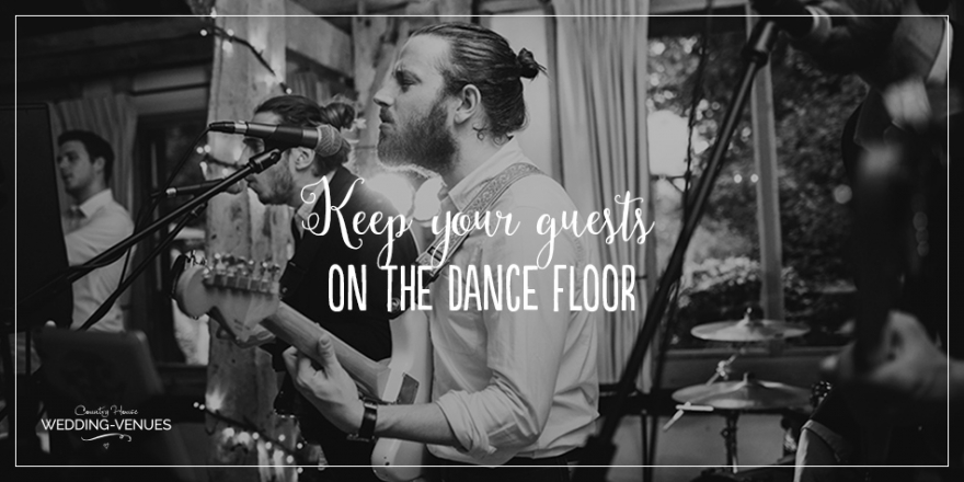 9 ways to keep your wedding guests on the dancefloor | CHWV