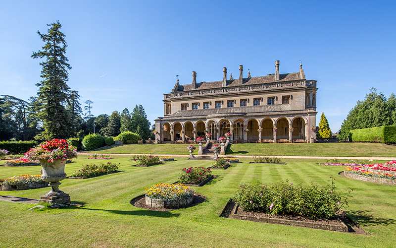The Italian Gardens at Grittleton House wedding venue in Wiltshire | CHWV
