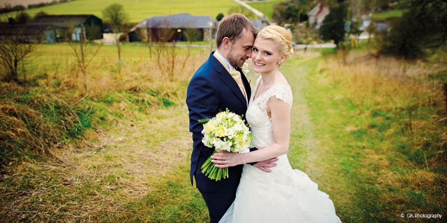A Wonderful Rustic Wedding at Upwaltham Barns in West Sussex | CHWV