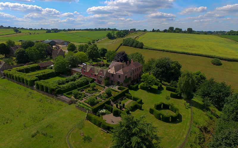 Pauntley Court country house wedding venue in Gloucestershire