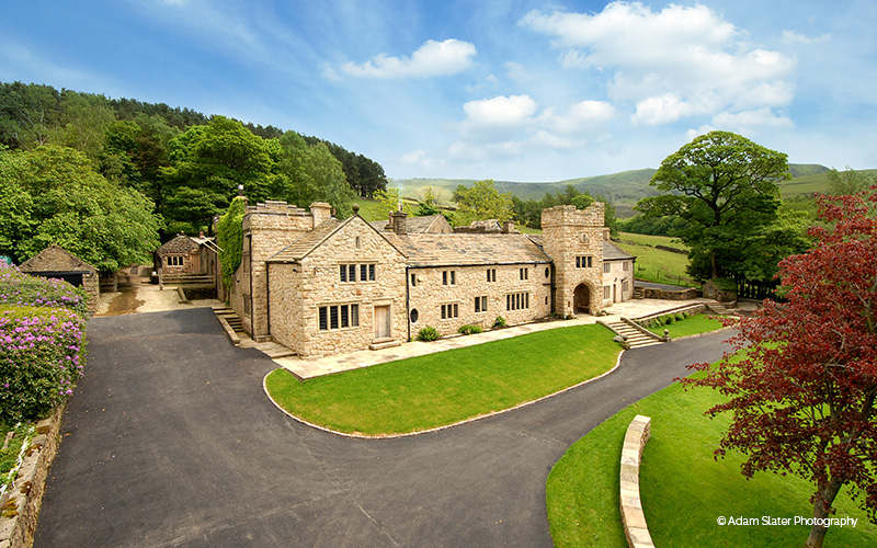 Upper House Castle Wedding Venue in Derbyshire | CHWV