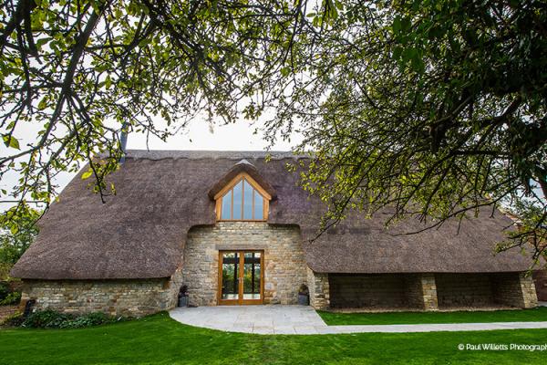 Contemporary Barn Wedding Venue In Warwickshire