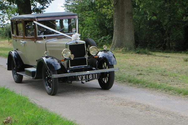 Wedding car arriving at Crows Hall
