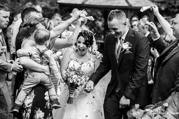 Just married confetti at Curradine Barns wedding venue in Worcestershire | CHWV
