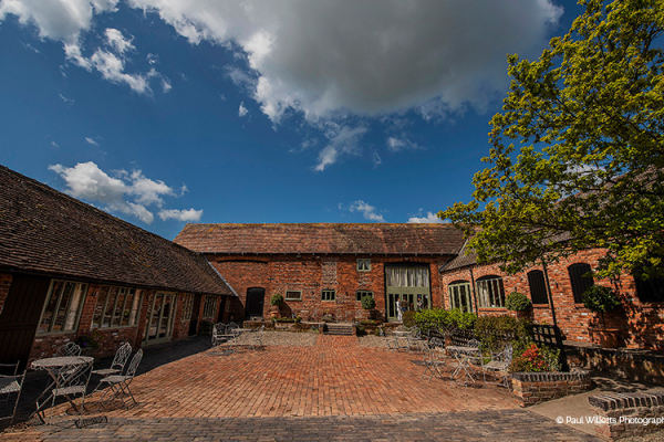 The Courtyard at Curradine Barns | Wedding Venues Worcestershire