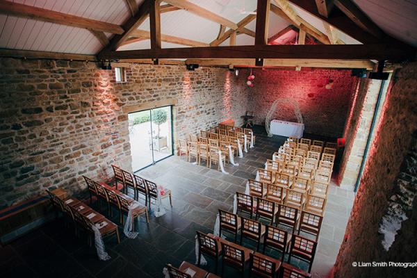 Wedding Venue Setup: Rustic Barn Wedding Venue, Northamptonshire