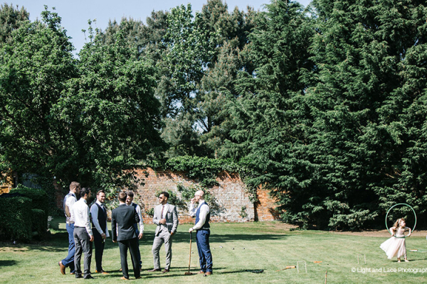 Drinks reception on the lawn at Dodmoor House wedding venue in Northamptonshire | CHWV