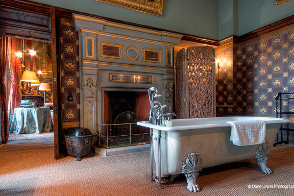 The State bathroom at Eastnor Castle wedding venue in Herefordshire | CHWV