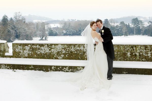 A snowy Eastnor Castle wedding venue in Herefordshire | CHWV