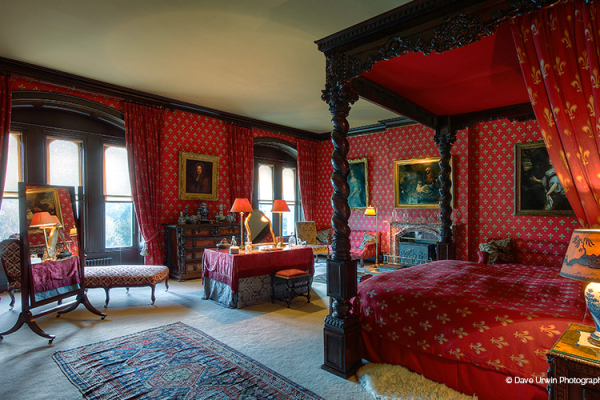 The Red bedroom at Eastnor Castle wedding venue in Herefordshire | CHWV