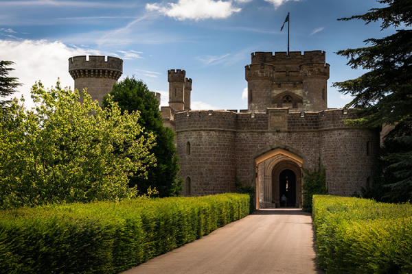 The entrance to Eastnor Castle wedding venue in Herefordshire | CHWV