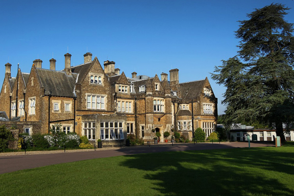 Hartsfield Manor wedding venue in Surrey