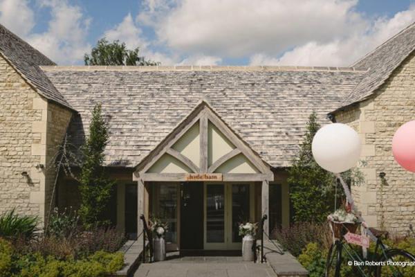 Barn Wedding Venues: Barn Wedding Venue In Gloucestershire