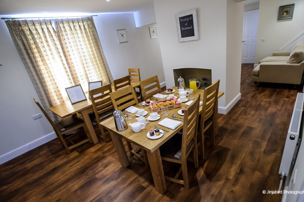 Accommodation-for-guests-at-Bassmead-Manor-Barns