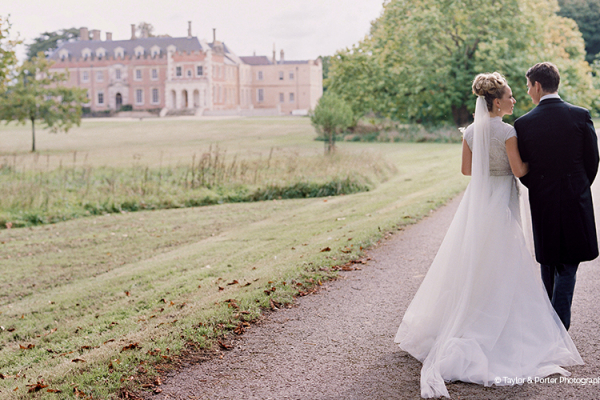Chill out space at St Giles House wedding venue in Dorset | CHWV