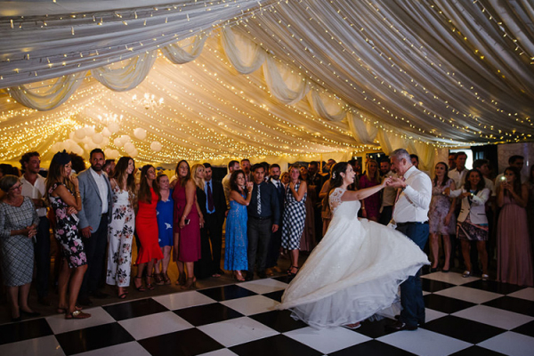 Romantic first dance at Ardington House wedding venue in Oxfordshire | CHWV