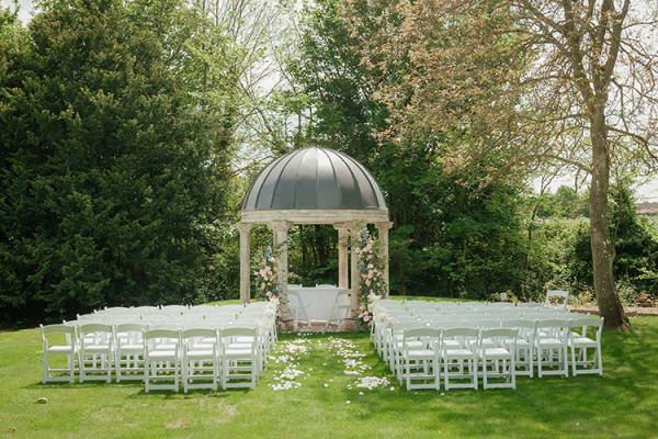 Set up for an outdoor wedding ceremony at Ardington House wedding venue in Oxfordshire | CHWV