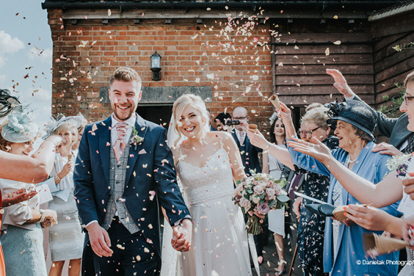 Just married confetti at Bassmead Manor Barns wedding venue in Cambridgeshire | CHWV