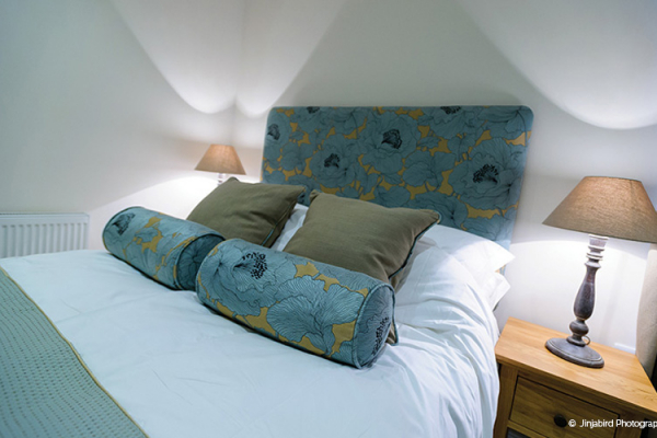 Guest accommodation at Bassmead Manor Barns
