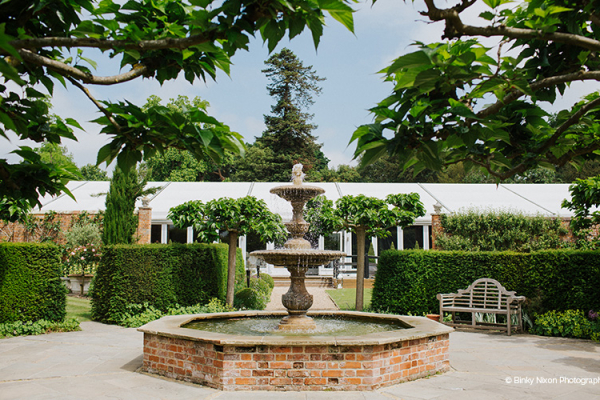 Water feature in the beautiful grounds at Braxted Park wedding venue in Essex | CHWV
