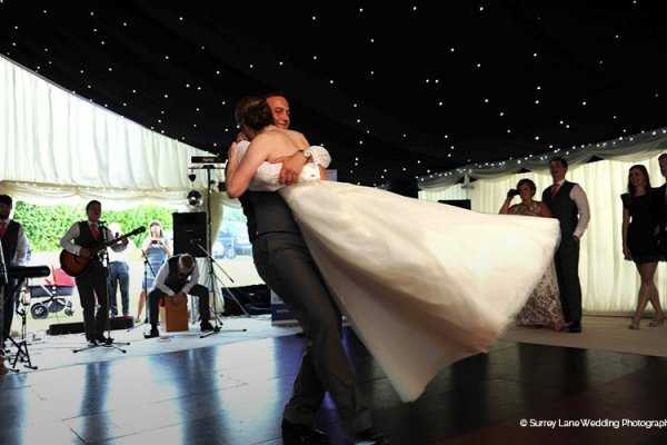 First dance at Brewerstreet Farmhouse in Surrey | CHWV