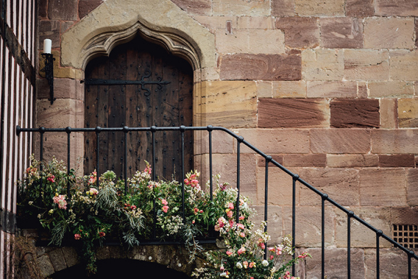 Pretty flowers decorate Brinsop Court country house wedding venue in Herefordshire | CHWV