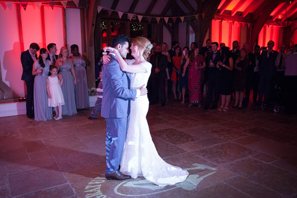 A first dance at Brookfield Barn wedding venue in West Sussex | CHWV