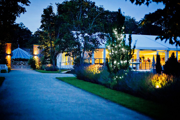 Combermere Abbey wedding venue in Shropshire in the evening | CHWV